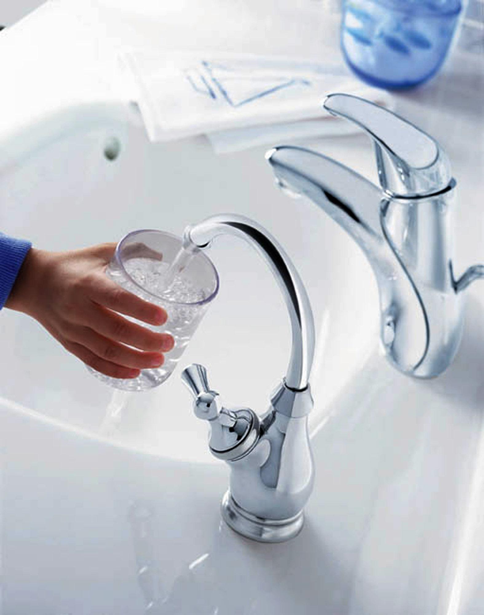 Attenzione a non «sporcare» l'acqua del rubinetto - Corriere.it