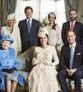 Royal battesimo: George,  la famiglia e  la folla di fan