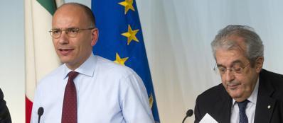 Il premier Enrico Letta e il ministro dell'Economia Fabrizio Saccomanni