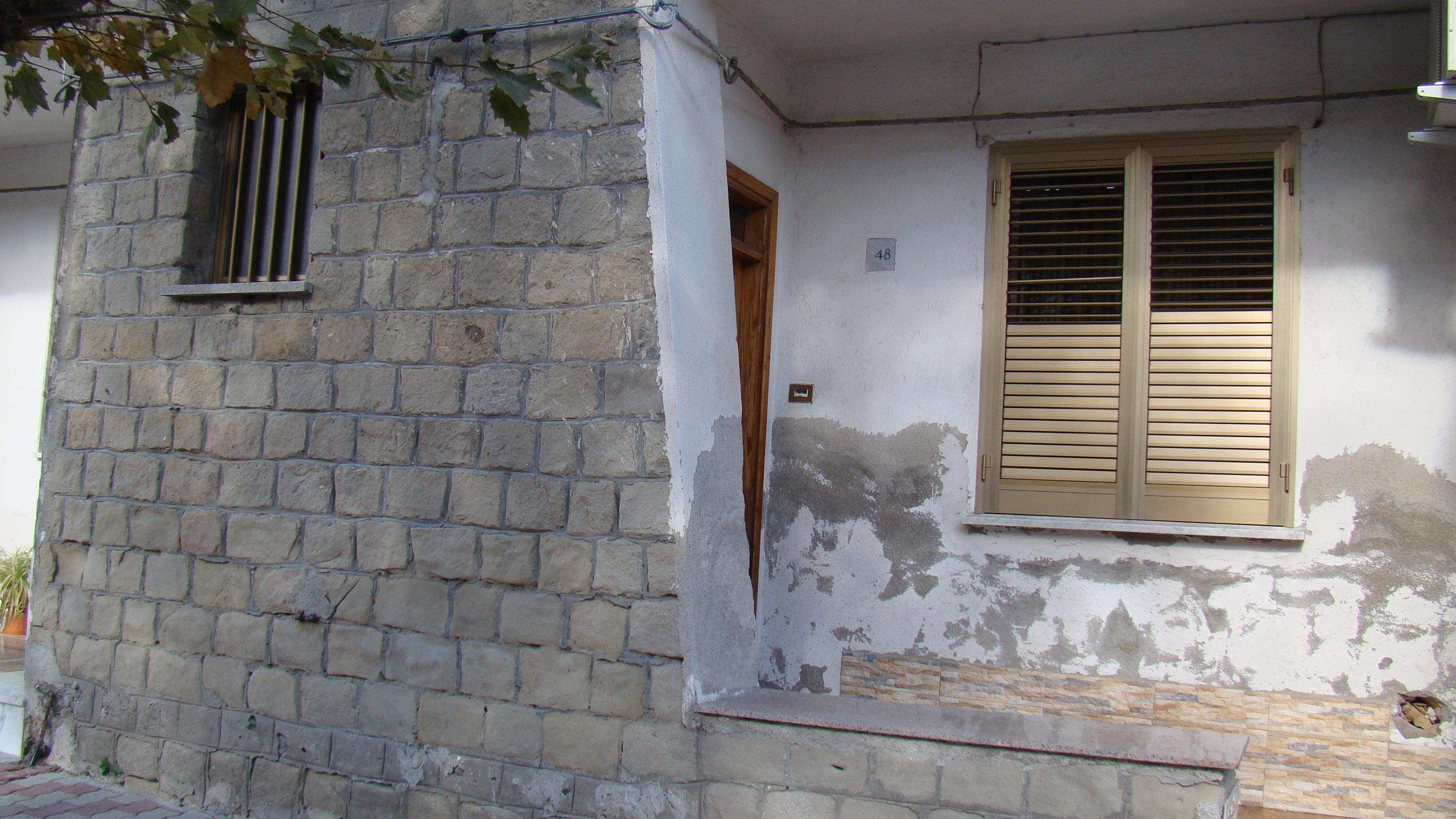 Africo la strada dei condannati a morte for Ottenere una casa costruita