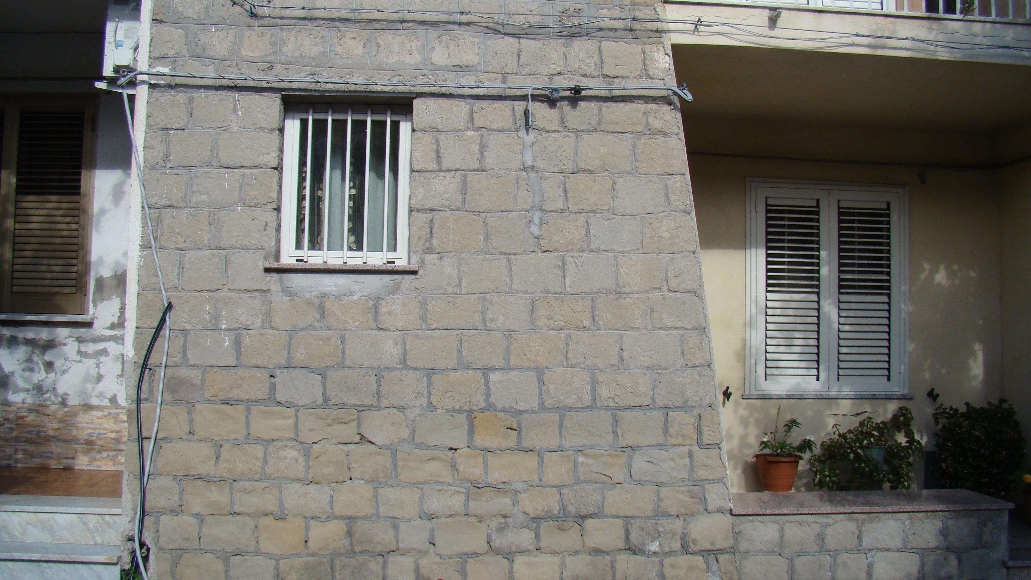 Africo la strada dei condannati a morte for Casa costruita