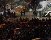 L'assedio della polizia ai manifestanti (Ap)