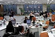 Aria troppo inquinata negli uffici, al lavoro meglio  con la mascherina