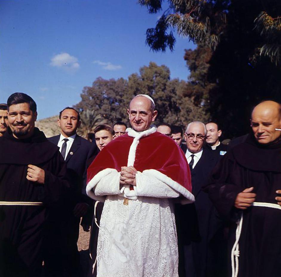 Risultati immagini per Paolo VI Terra Santa