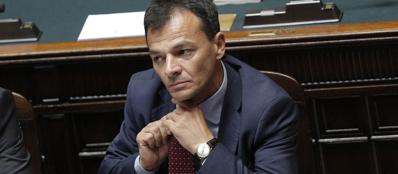 Il Vice Ministro dell'Economia Stefano Fassina alla Camera per il decreto Fare, lo scorso luglio (Ansa)