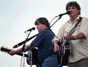 Phil e Don Everly in un concerto nel 1997 (Ap)