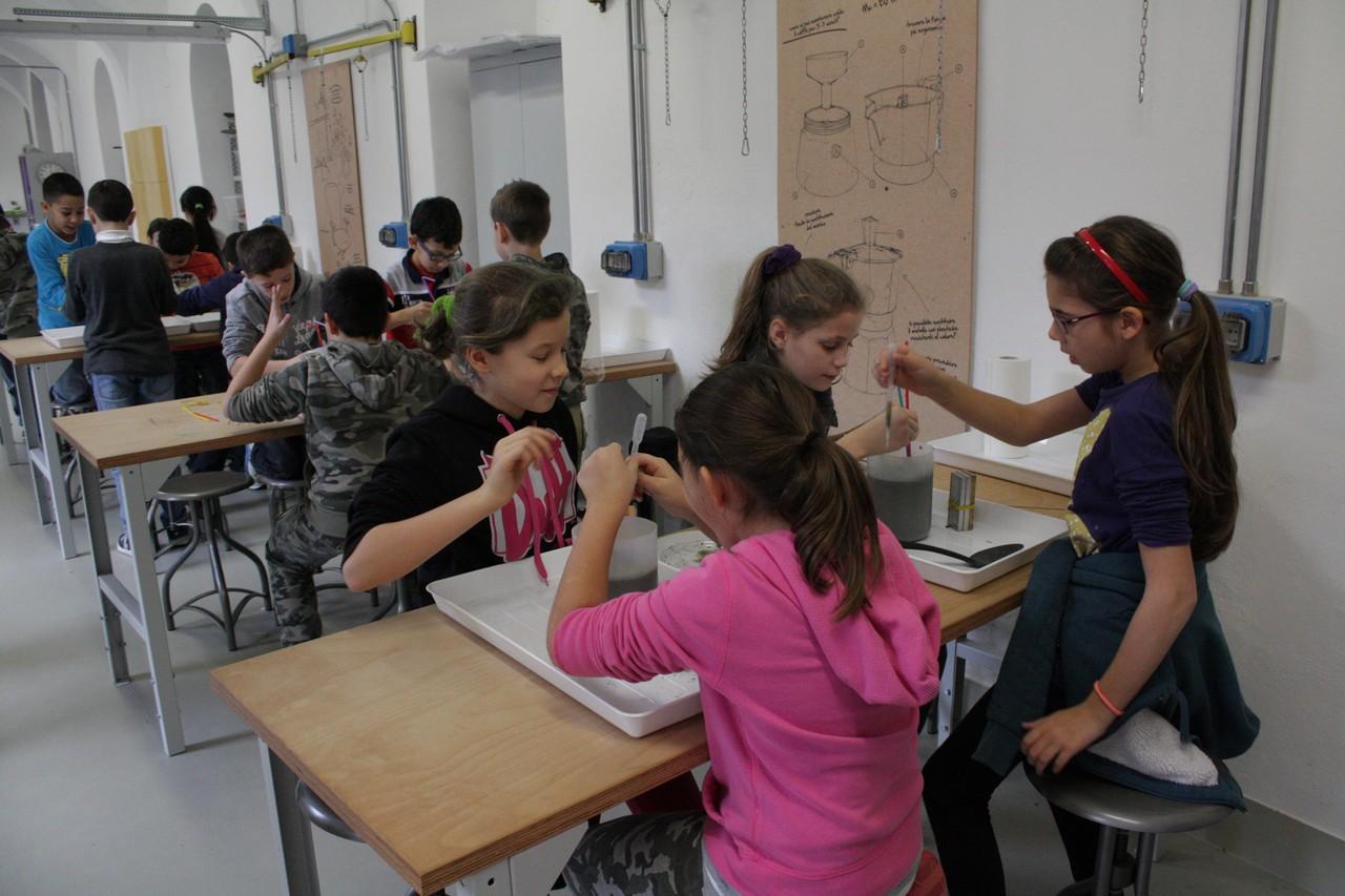 Piccoli ingegneri crescono al museo for Costruire uno stagno