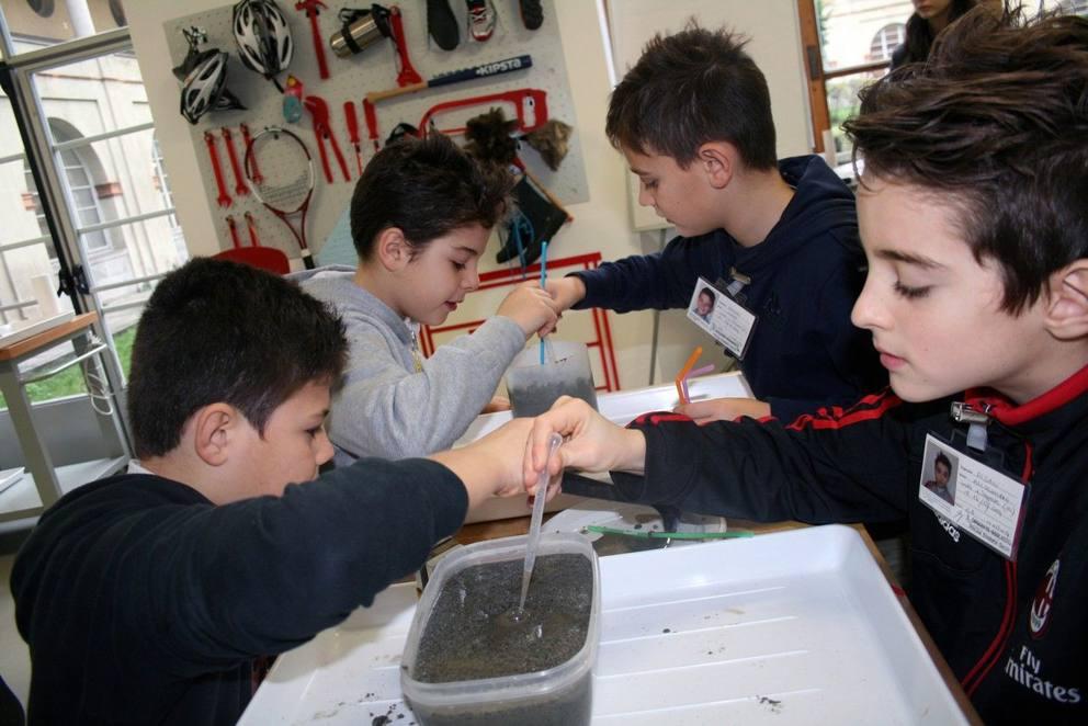Scuola corriere della sera for Costruire uno stagno