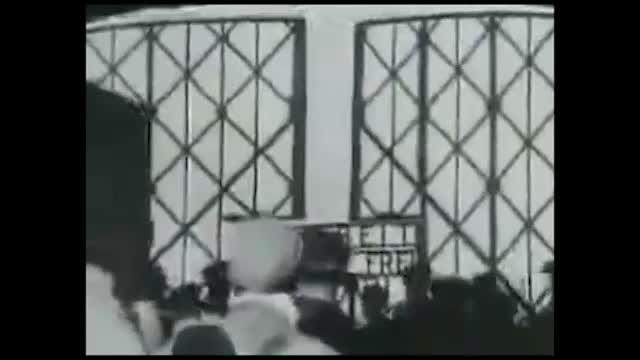 Un'immagine del documentario sulla Shoah girato da Hitchcock