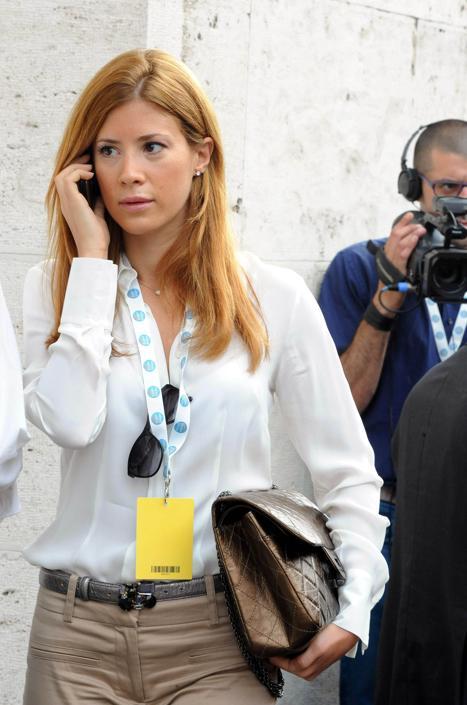 Francesca contro nunzia le accuse e i silenzi delle donne for Parlamentari forza italia