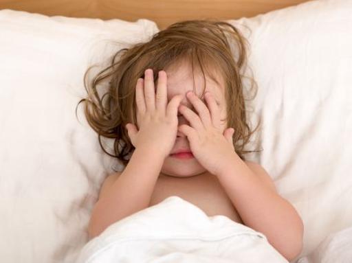 Disturbi del sonno nei bambini l 80 ha cause comportamentali - Triangolo per alzarsi dal letto ...