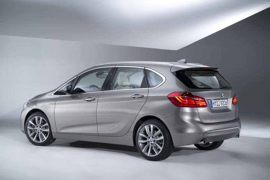 bmw serie 2 active tourer. Black Bedroom Furniture Sets. Home Design Ideas