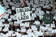 Lazio, megacontestazione contro Lotito