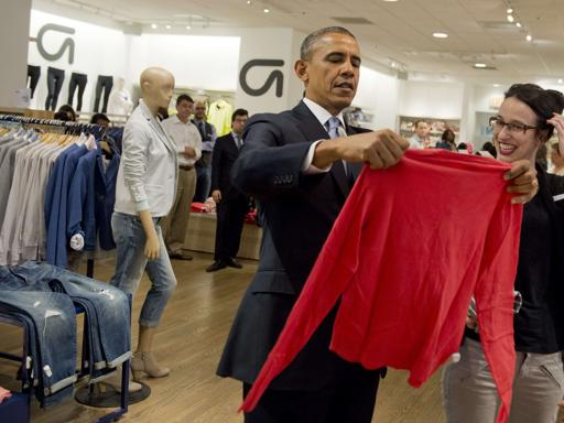 Obama, shopping da Gap per Michelle e le figlie Foto