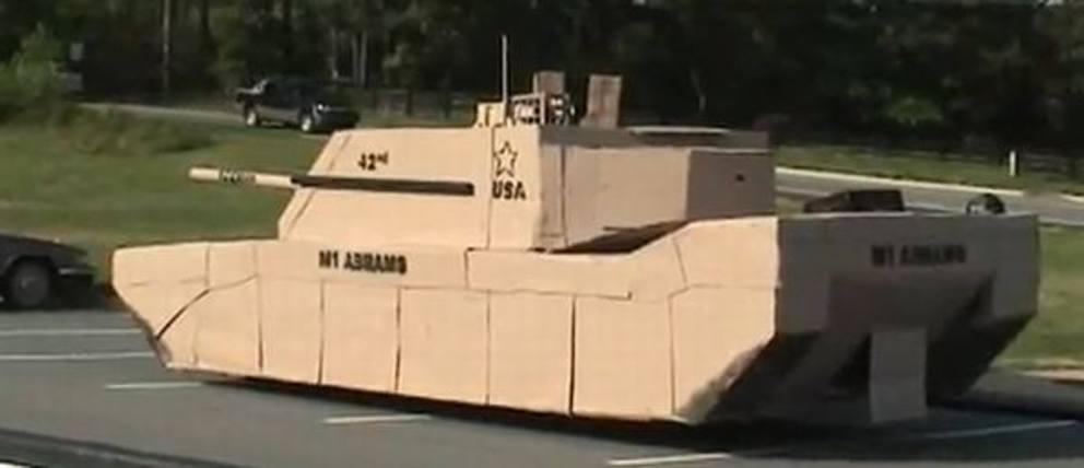 Как сделать танк из картона большой