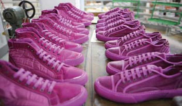 Ascoli Piceno Come far fortuna vestendo i piedi dei calciatori