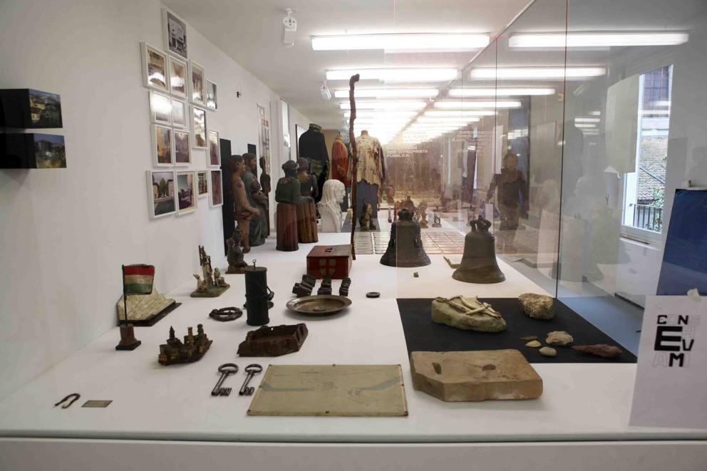 La storia di reggio emilia fatta dalle cose for Casa di moda reggio emilia