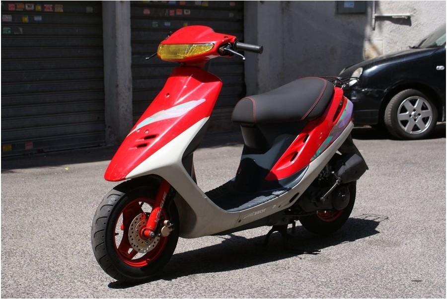 Gli scooter degli anni 90 - Corriere.it