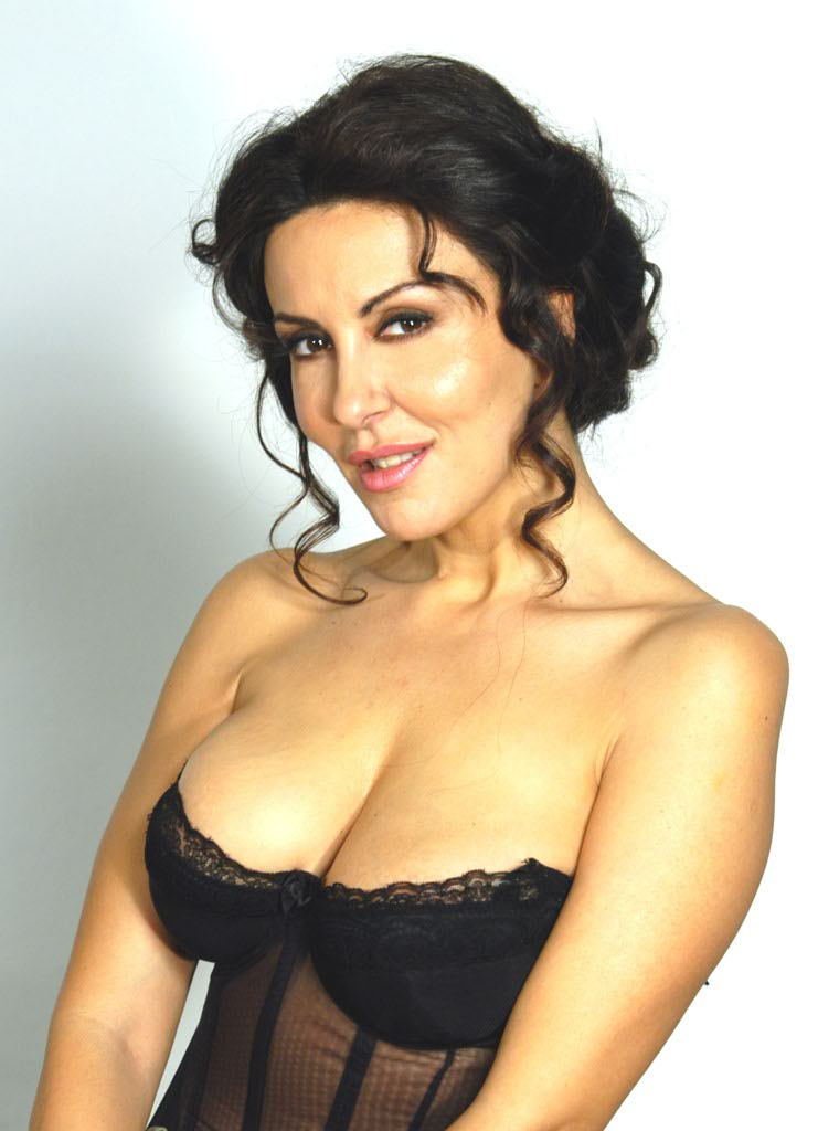 Sabrina Ferilli, splendida cinquantenne