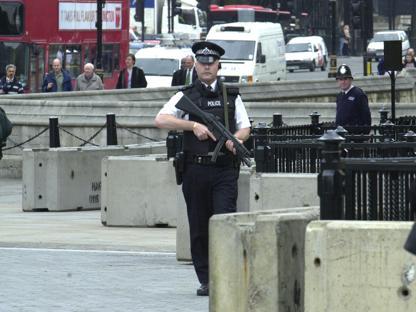 Cresce l'allerta terrorismo a Londra e in Gran Bretagna