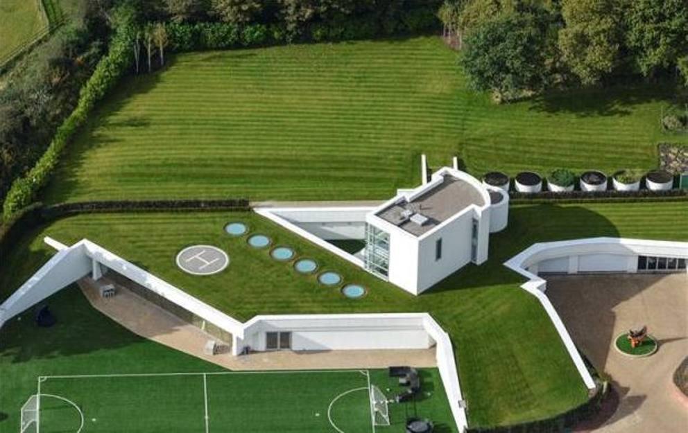 La Nuova Casa Di Balotelli Villa In Campagna Con Eliporto