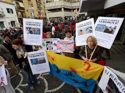 La protesta pacifica della Rete dei Movimenti, ma si temono infiltrazioni