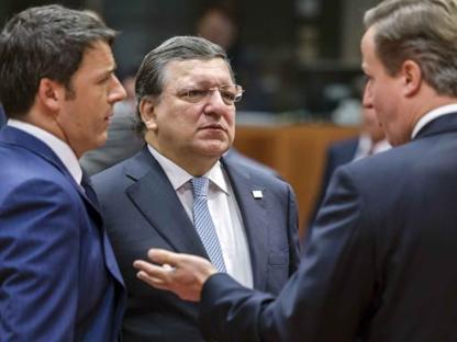 Renzi, Barroso e Cameron a Bruxelles (Ap/Wijngaert)