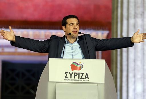 L'esultanza del leader di  Syriza, Alexis Tsipras (Reuters)