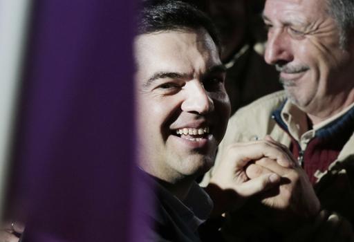 L'esultanza del leader di  Syriza, Alexis Tsipras (Ap)