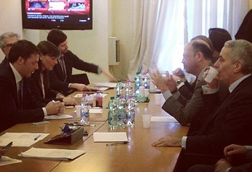 Consultazioni, Renzi  riceve Alfano nella sede del Pd in Largo del Nazareno  (foto Nomfup)