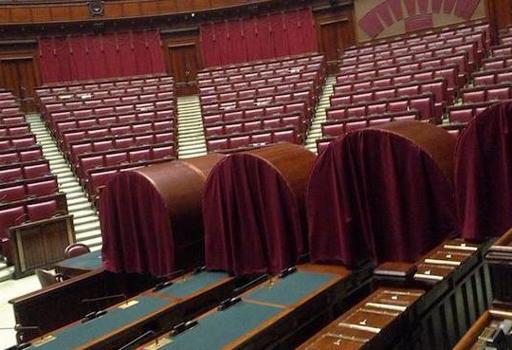 Quirinale, nell'Aula di Montecitorio �catafalchi� pronti per la prima votazione  (foto da Twitter)