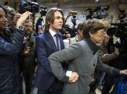 Raffaele Sollecito e l'avvocata Giulia Bongiorno (Jpeg Fotoservizi)