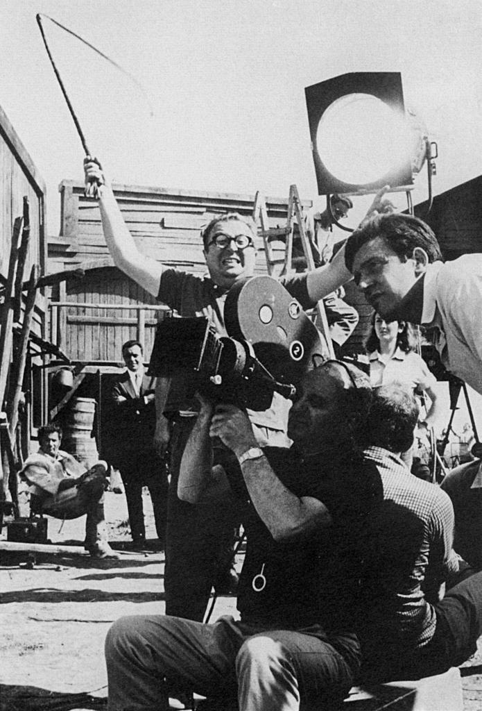 Sergio Leone, 26 anni fa moriva il grande regista ...