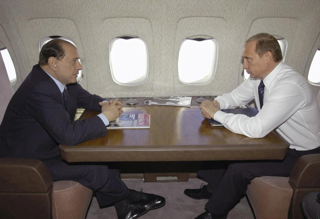 Aereo Privato Silvio Berlusconi : Berlusconi putin anni di amicizia corriere