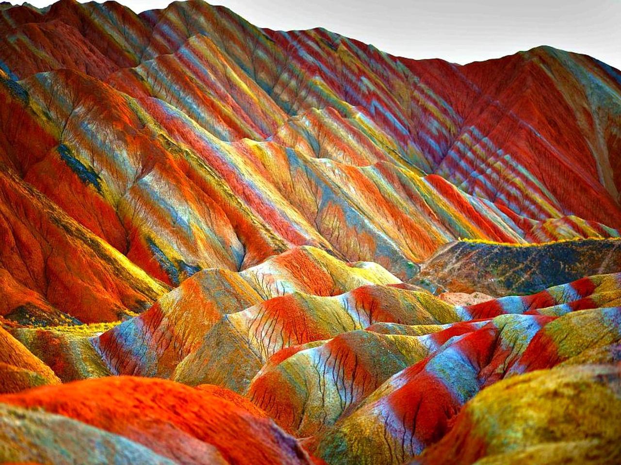 Viaggio Nelle Incredibili Montagne Arcobaleno Della Cina Corriere It