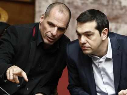 Il ministro delle Finanze greco, Varoufakis, e il premier Tsipras (Reuters)