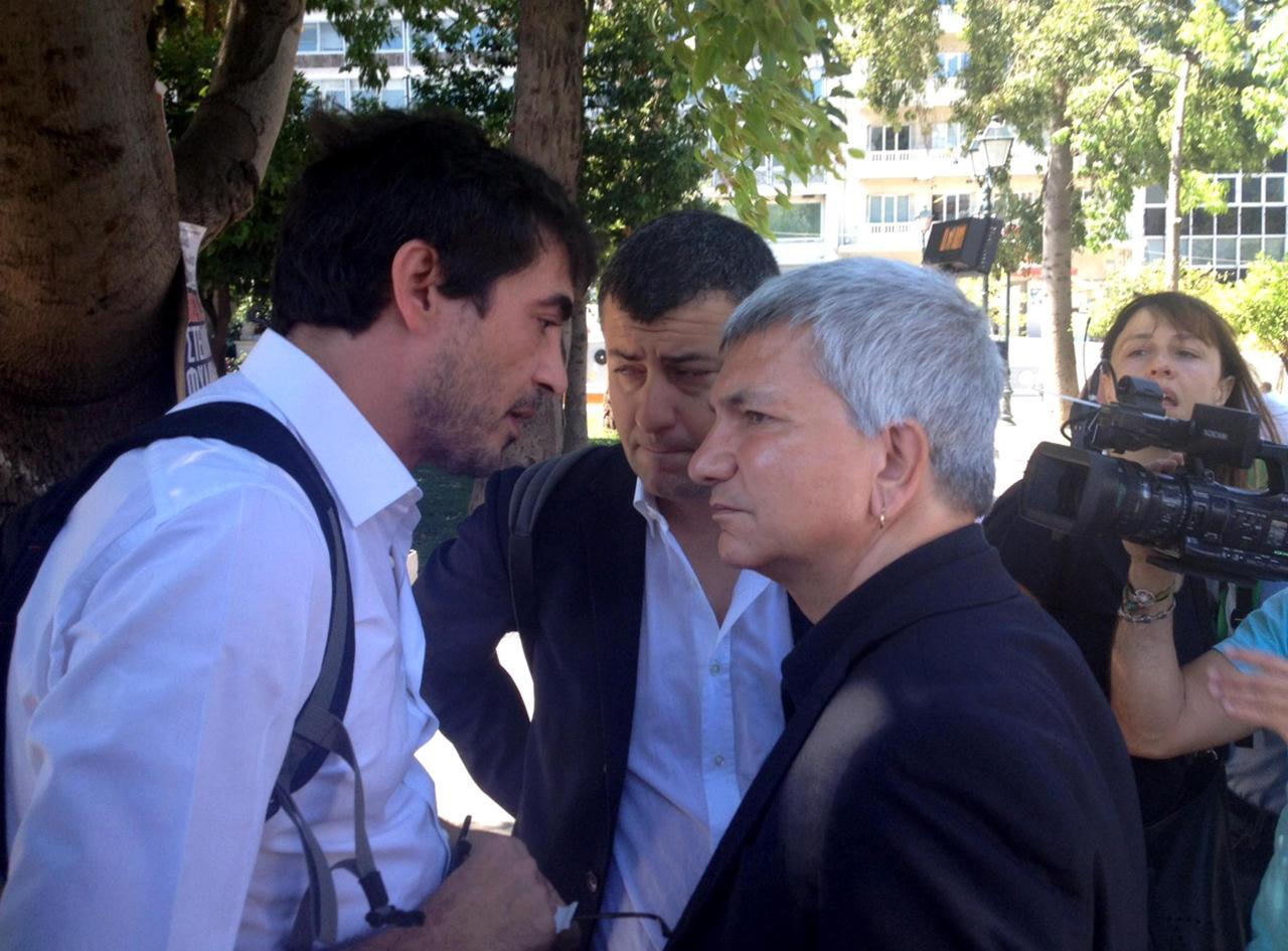 Tuttiadatene i politici italiani che sostengono tsipras for Foto parlamentari italiani