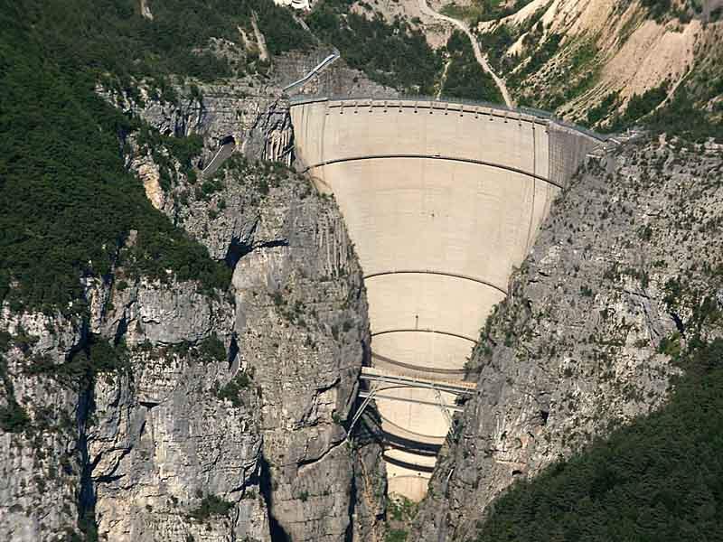 Cina iniziata la costruzione della diga pi alta del for Statua piu alta del mondo