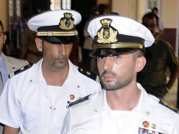I due fucilieri di marina Latorre e Girone, in attesa di processo in India (Ansa)
