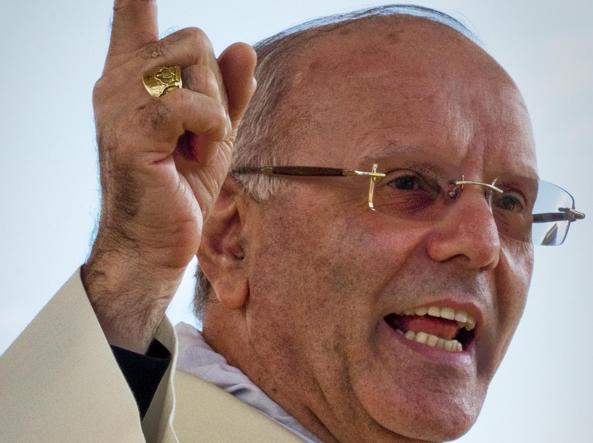 Monsignor Nunzio Galantino (Ansa)