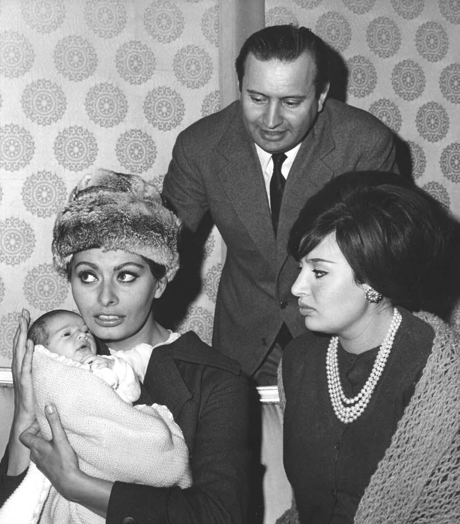 Matrimonio Di Romano Mussolini : Anni di successi per «la ciociara loren corriere
