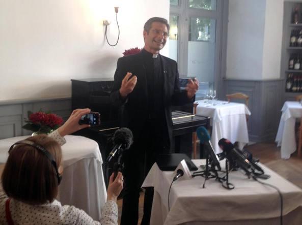 Monsignor Krysztof Charamsa (Ansa/Del Castillo)