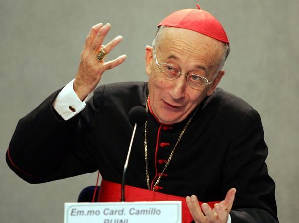 Il cardinale, Camillo Ruini, in un'immagine del dicembre 2005 (Ansa)