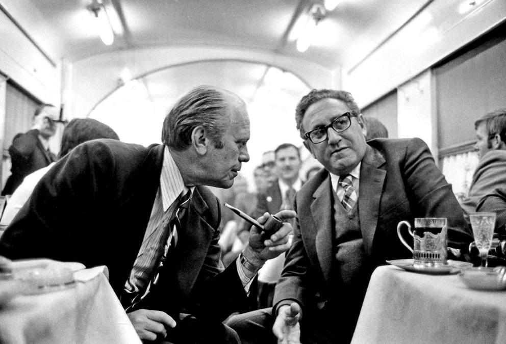 Kissinger il segretario di stato che segn la storia for Scandalo di watergate