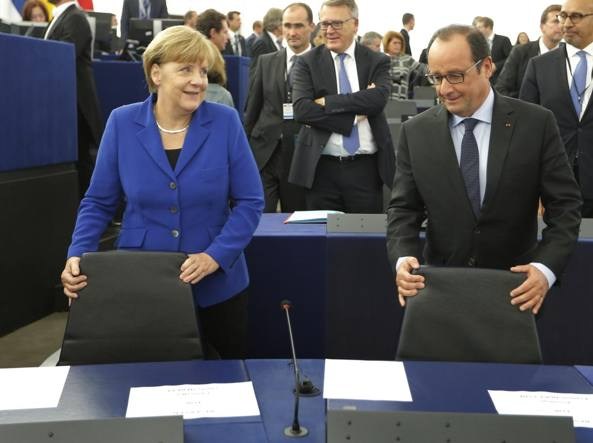 Merkel e Hollande assieme  (Reuters)