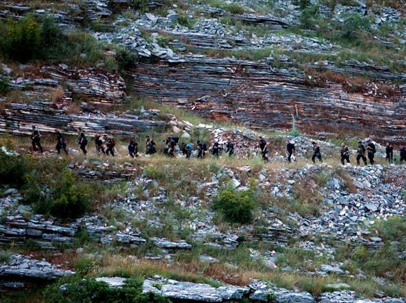L'intervento nel giugno 2014 delle forze dell'ordine albanesi nel villaggio di Lazarat nel sud dell'Albania, conosciuto come «il paesino della marijuana»