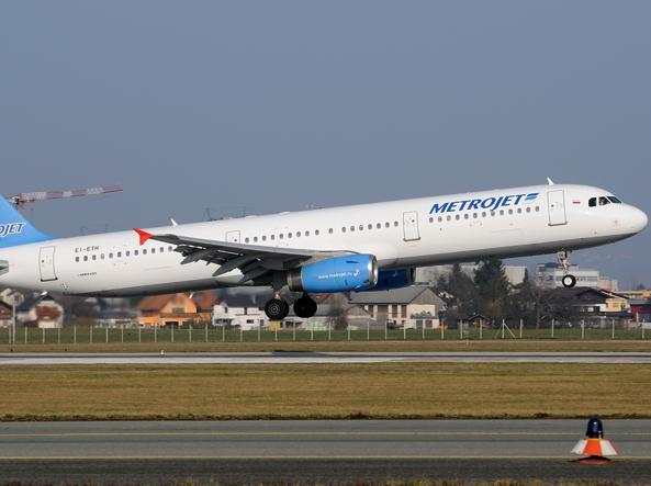 Un Airbus A-321 della compagnia MetroJet