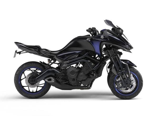 yamaha mwt 9 la moto a tre ruote. Black Bedroom Furniture Sets. Home Design Ideas