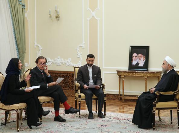 Il presidente iraniano Rouhani durante l'intervista con il Corriere della Sera