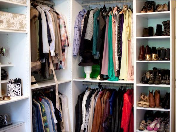 Cabina armadio i trucchi per tenere abiti scarpe e borse in modo perfetto - Cabina armadio per scarpe ...